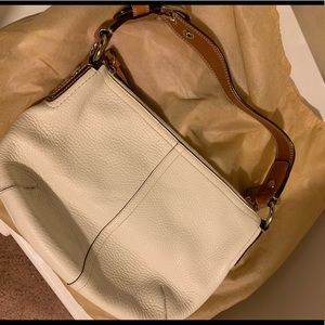 Coach Bags - Pebble leather Coach small hobo